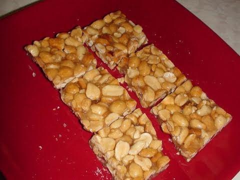 Peanut Brittle >> Sing chikki or Gachak or Peanut Chikki or Mumfali Chikki (Peanut bar or brittle) - YouTube