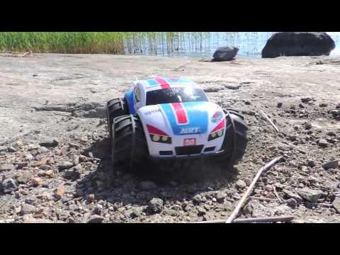 Nikko VaporizR Amphibious R/C Car
