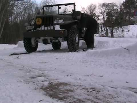 0 How to mount tire chains on a Dodge WC