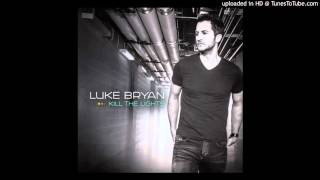 Watch Luke Bryan Just Over video
