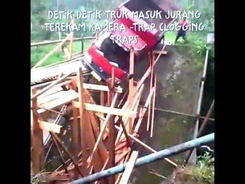 Truk masuk jurang terekam kamera -Trap clogging traps