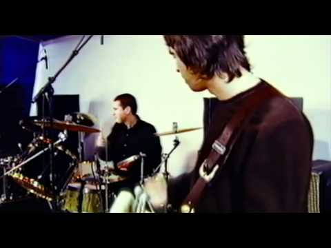 Liam Gallagher & Steve Cradock - Carnation (The Jam)