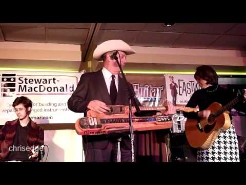 HD - Deke Dickerson Guitar Geek Festival 2011 - Junior Brown - Broke Down South Of Dallas