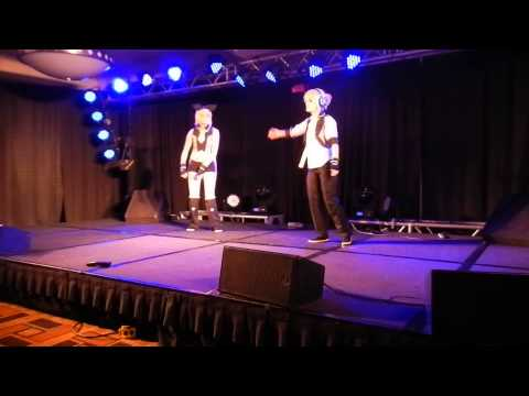 Remote Control(rin & Len Kagamine)- Metacon 2013 video