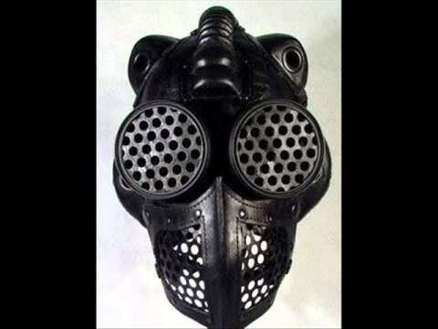 Slipknot new mask Ozzfest Japan -- New QOTSA song Keep Your Eyes Peeled live -- TesseracT stream CD