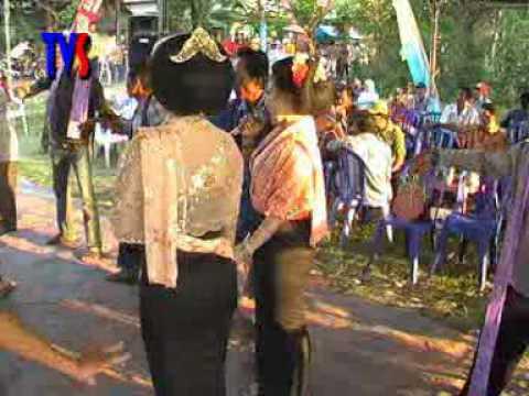 Avseq06.dat -- Tayub Dari Tuban---gending Pertiwi video