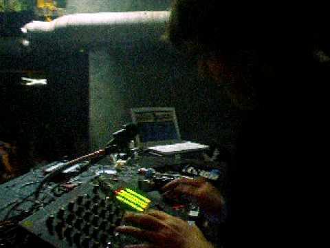 CHARLES RAMIREZ LIVE AT TXITXARRO CRAY1LABWORKS PARTY 05-12-08 PART 2.AVI
