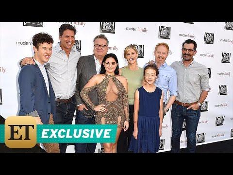 Ariel Winter Is Praised for Her Body Confidence by Co-Stars Sofia Vergara & Julie Bowen
