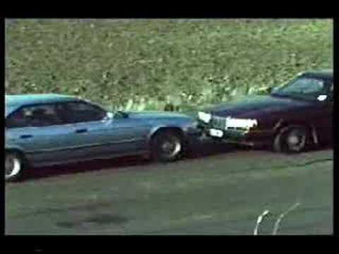 Vehicle Crash Testing Crash Test Tra Una Bmw e Una