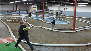 13.5 4 Wheel buggy Group 2 Heat 2 Ohio RC Factory 2-3-2018