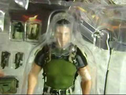 Chris Redfield Resident Evil 5 Hot Toys Figure Unboxing