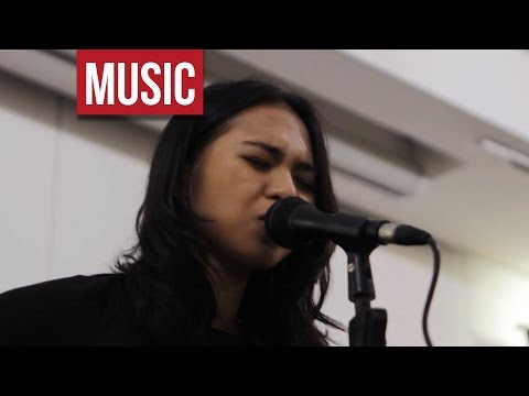 "Clara Benin - ""Wine"" Live and _Acoustic at A Space Manila!"