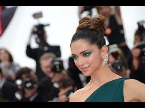 Deepika Padukone looks sexy in a Green Brandon Maxwell Gown Cannes 2017