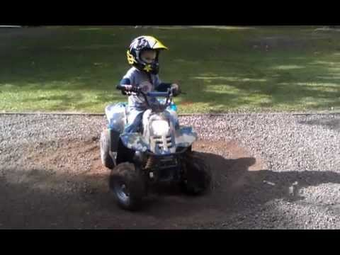 crazy 3 year old kid quad bike motor bike funny awesome VIDEO0009.3gp