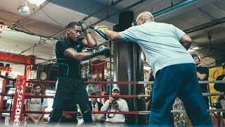 Boxing: Love at First Sight | Jacobs vs. Quillin December 5th on SHOWTIME