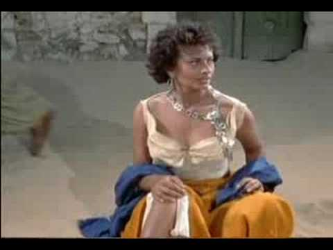 SOPHIA Loren Caught Picking Pockets As Exotic GYPSY Girl Video