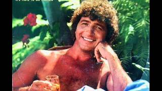 It 39 S Hard To Be Humble Lyrics Mac Davis