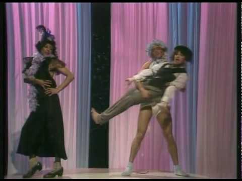 Kate Bush - Ran Tan Waltz