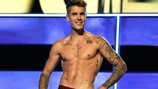 Justin Bieber HOT SHIRTLESS MOMENTS - Top 10