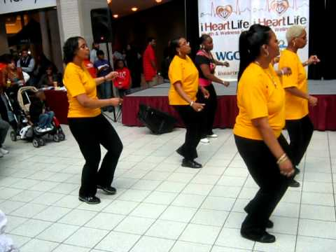 REE-SYN-MI Line DANCERS DOING WALKING BY MARY-MARY