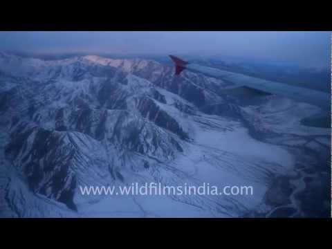 Flying over the frozen Zanskar range, to Leh in Ladakh!