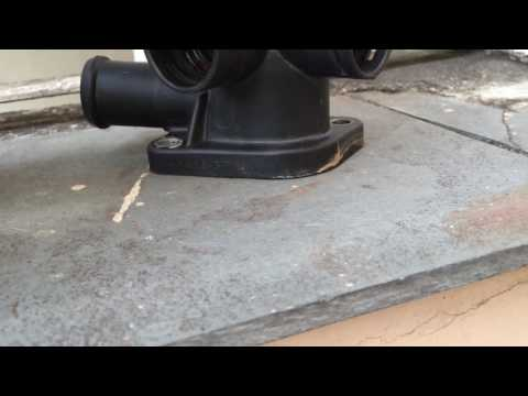 Flange de água Golf MK3 empenada