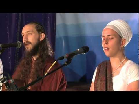 "Download Lagu  Ram Dass and Nirinjan Kaur Sing ""Namo Namo Sat Nam"" Mp3 Free"