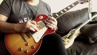 Gibson Les Paul Custom Vs  R8 Custom Shop