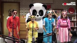 Rádio Comercial - Panda e os Caricas dançam 'Panda Style' com as Manhãs