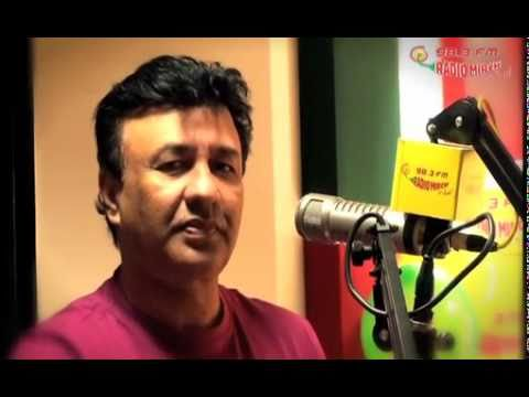 Anu Malik And His Band Baaja On Radio Mirchi video