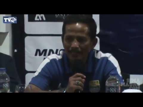 Konferensi Pers Persib vs Felda United