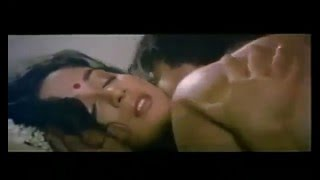 Madhuri dixit hot kiss and sex scene