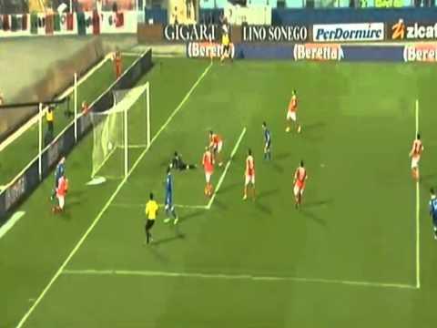 Mario Balotelli Amazing Goal (Malta 0-2 Italy) 26.03.2013