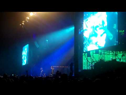 """LIVE: Jay-Z, """"I Just Wanna Love You (Give It To Me)"""" (2010-06-12 What Stage, Bonnaroo)"""