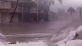 Hurricane Matthew Destroys Florida, surges into St. Augustine, Florida flooding the streets NEW