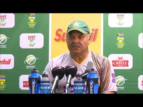 Dav Whatmore Speaks to the Press after Day 2 of the First Test, South Africa v Pakistan, 2 Feb 2013