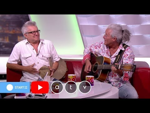 Élőben zenélt az ATV stúdiójában Karácsony James és Márta István