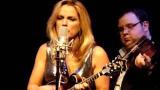 Watch Rhonda Vincent All American Bluegrass Girl video