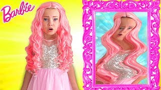 Alice Pretend Barbie Doll & Plays with magic mirror