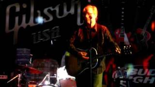 Watch Radney Foster Drunk On Love video