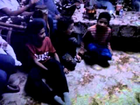 Anak2 Papua Singin West Papua Song!! video