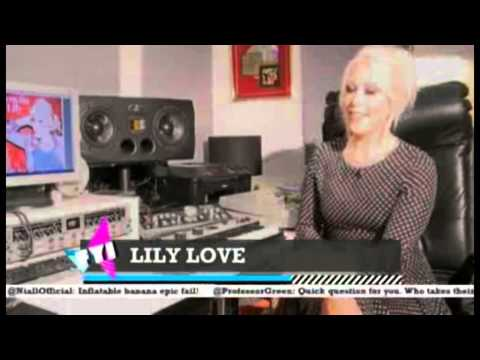 VICK HOPE PRESENTS FYI DAILY (ITV2) 09.08.14