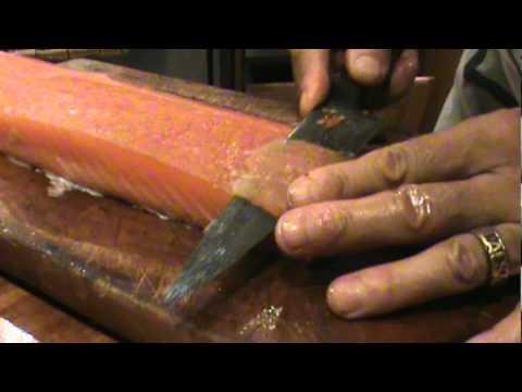 C mo preparar salm n youtube for Como cocinar salmon plancha