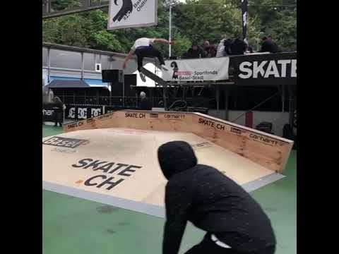 Ghetto bird 💁🏻♂️ @aureliengiraud @juicy_jjp | Shralpin Skateboarding