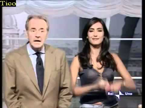Oops!!! blouse seethrough on Italian TV   Rai Uno Moderator   transparent shirt blooper