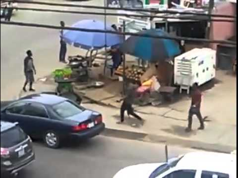 SHOCKING VIDEO: Daylight robbery in Port Harcourt
