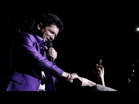 The Sensational Shaan Singer Performing Live Woh Pehli Baar Jab Hum Mile the O2 London Concert video