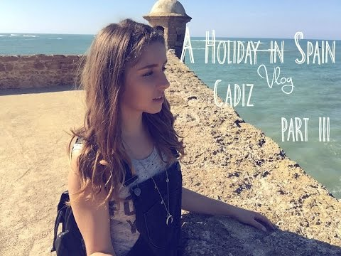 Vlog | A Holiday in Spain, Cadiz Sandcastles and Exotic fruit