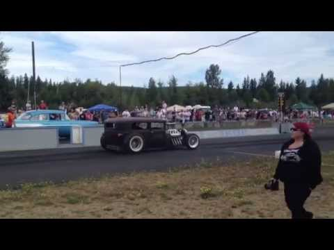 29' MODEL A SEDAN HEMI VS. 57' CHEVY BILLETPROOF ERUPTION DRAGS TOUTLE, WA 2013