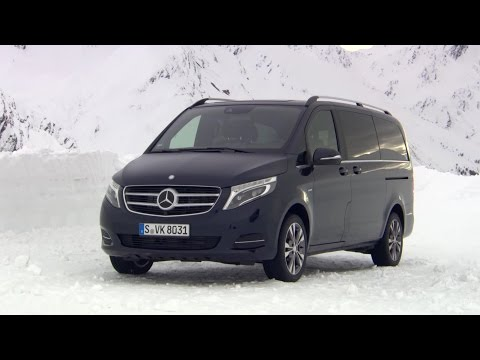 2015 Mercedes Benz V 250 BlueTEC 4MATIC Cavansite Blue Winter drive